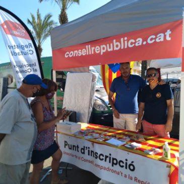 Faig de voluntari de la Delegació als mercats de Catalunya Nord
